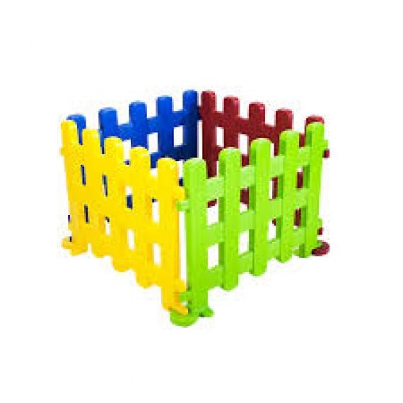 Cercadinhos completos (4 peças) ou em módulos, que permitem ampliações e/ou delimitações de qualquer espaço para segurança da criançada.